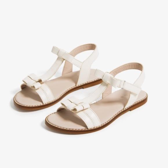 Zara Other - Zara leather sandals with bow